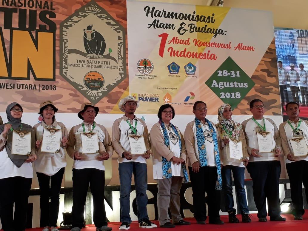 Desa Pulosari Mendapat Penghargaan Dari Menteri Lingkungan Hidup dan Kehutanan